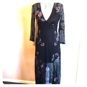 Forever 21 Black Embroidered Maxi Dress Small